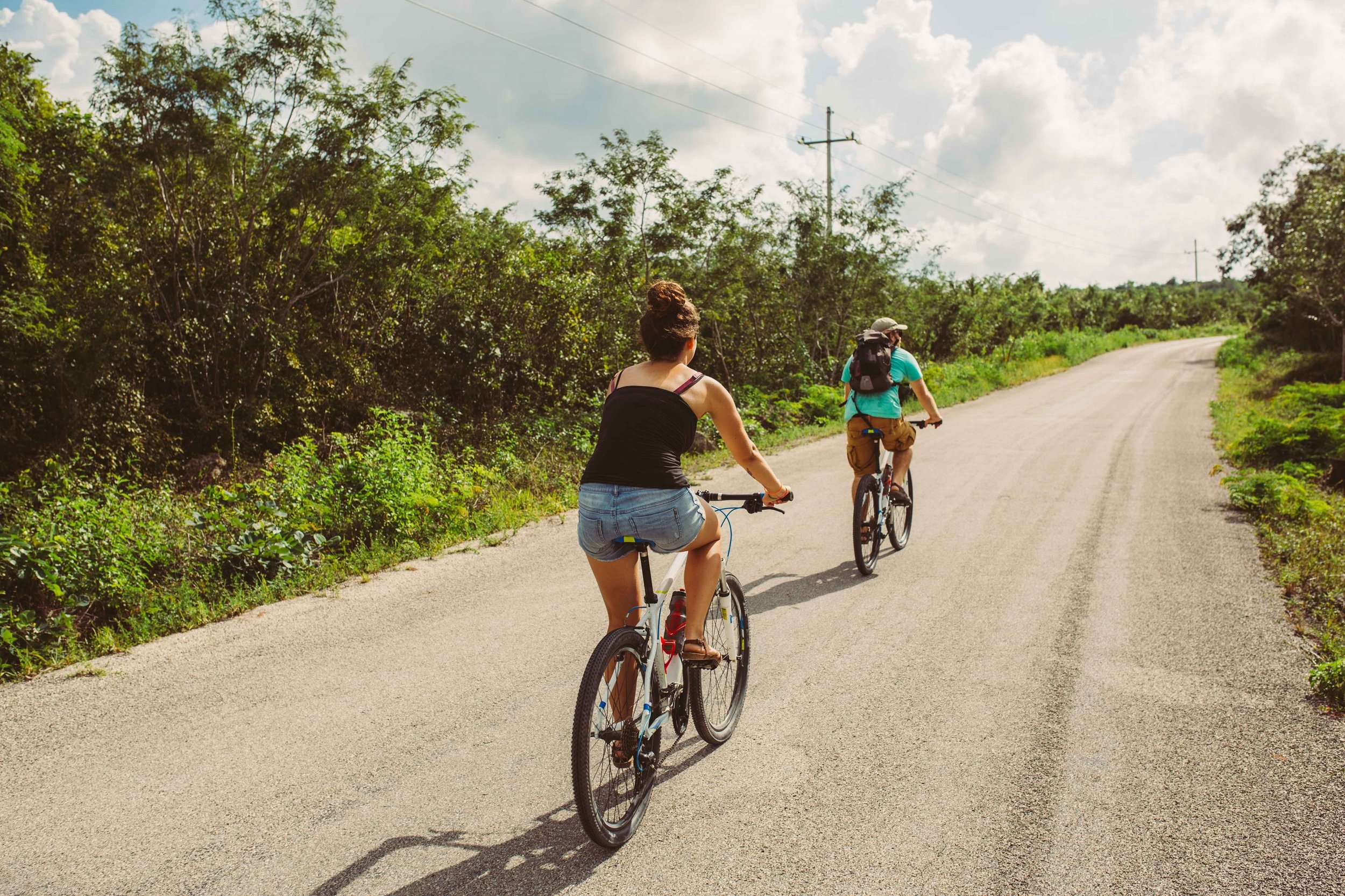 Biking Through Chianti On Our Alternative Florence & Tuscany 6 Day Tour Package