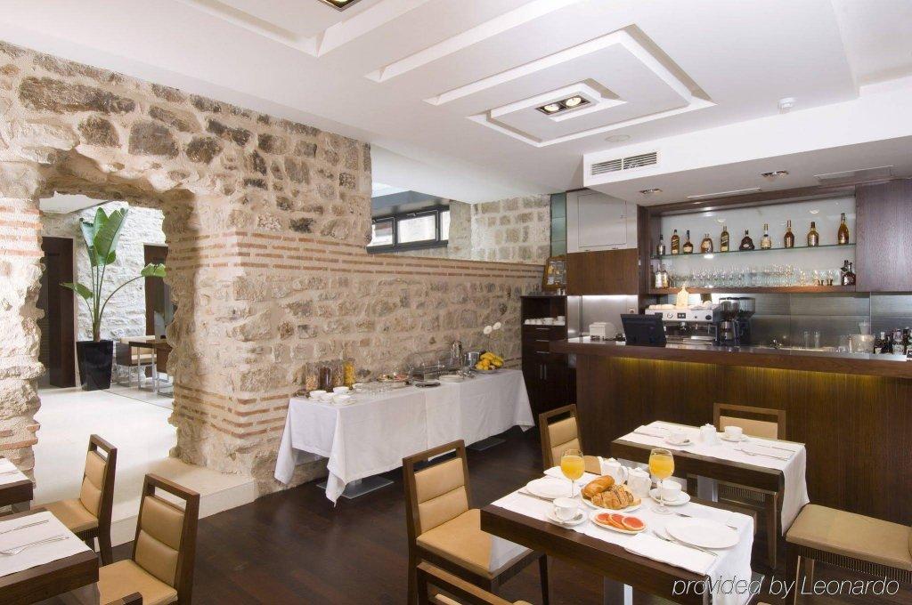 Ancient and modern at Hotel Vestibul Palace & Spa