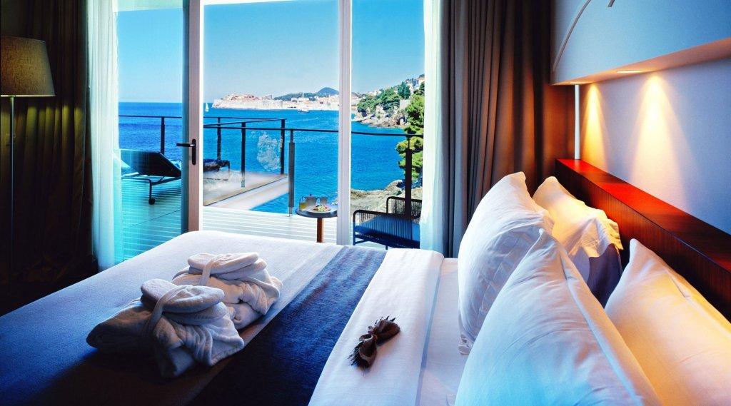 Enjoy the bright rooms at Villa Dubrovnik