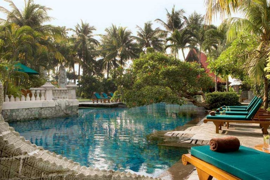 Outdoor pool at Four Points By Sheraton Surabaya