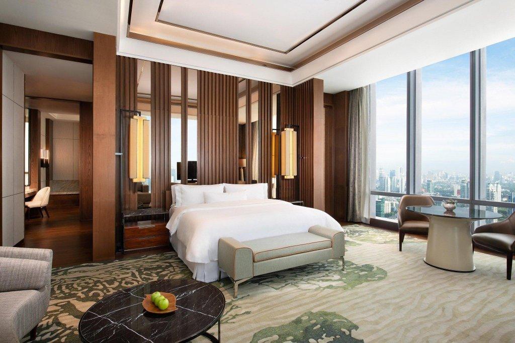 Impressive modern room design at The Westin Jakarta