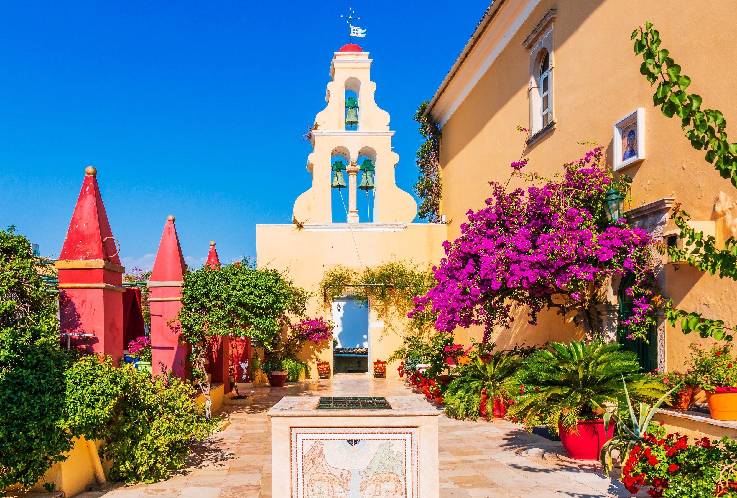 Paleokastritsa Monastery, Kanoni & Corfu Town Tour_2