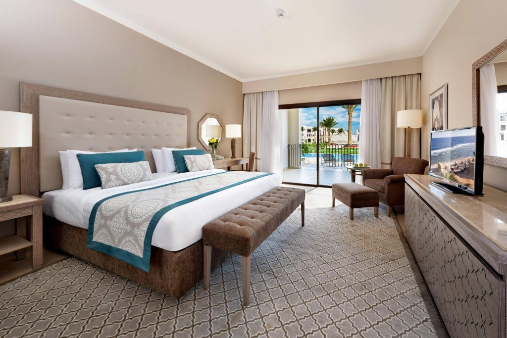 Rooms at Steigenberger Alcazar in Sharm El Sheikh come with outdoor space