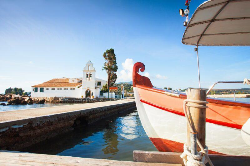 Achilleion, Kanoni & Corfu Town Private Tour (3)