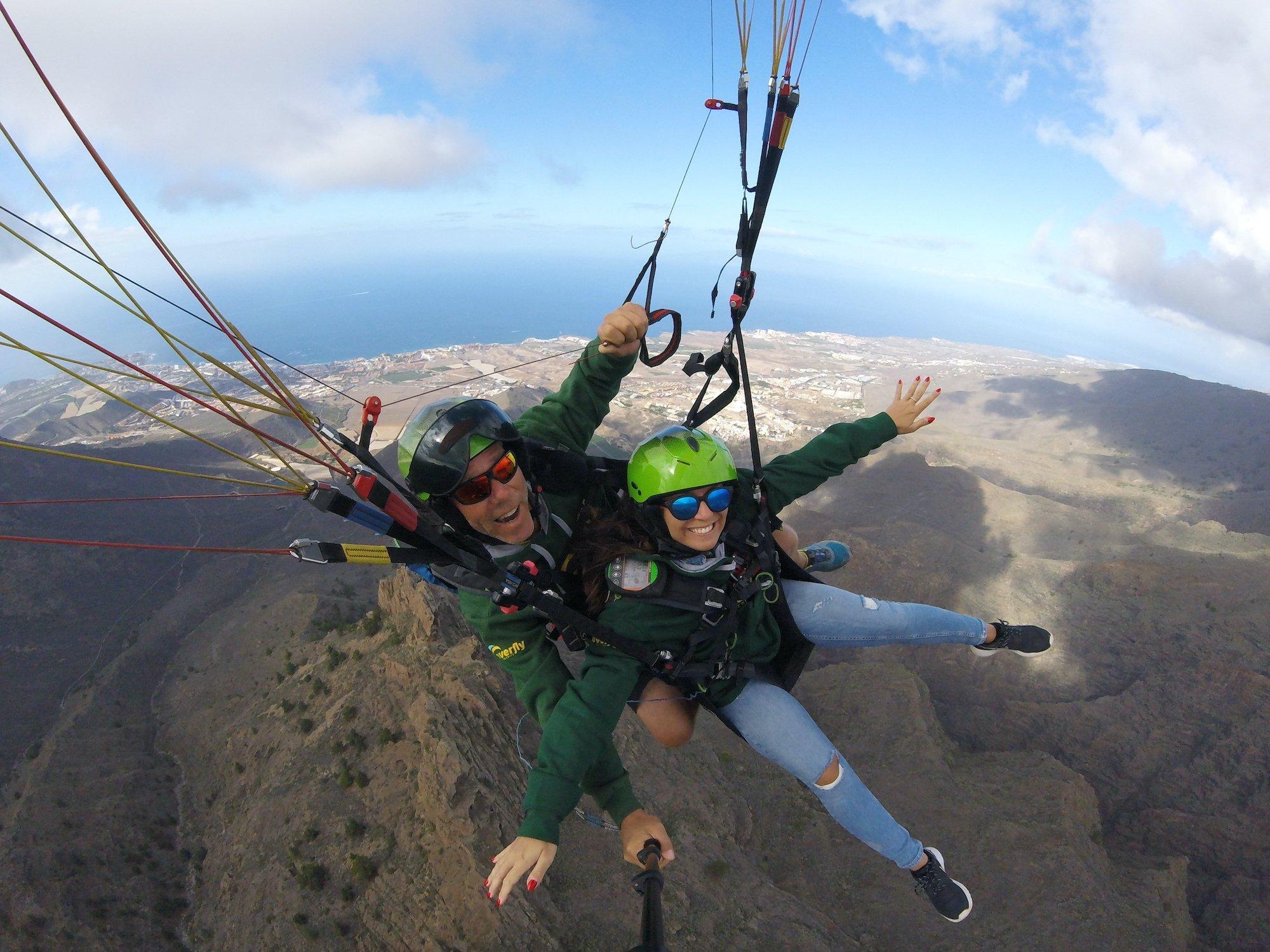 Performance Paragliding Flight In Tenerife_4