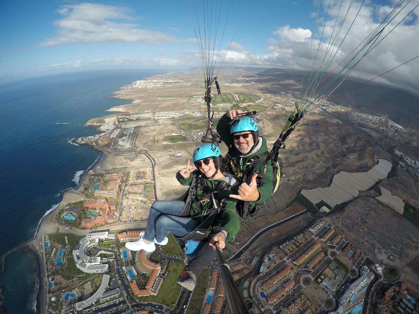 Acrobatic Paragliding Flight In Tenerife_2